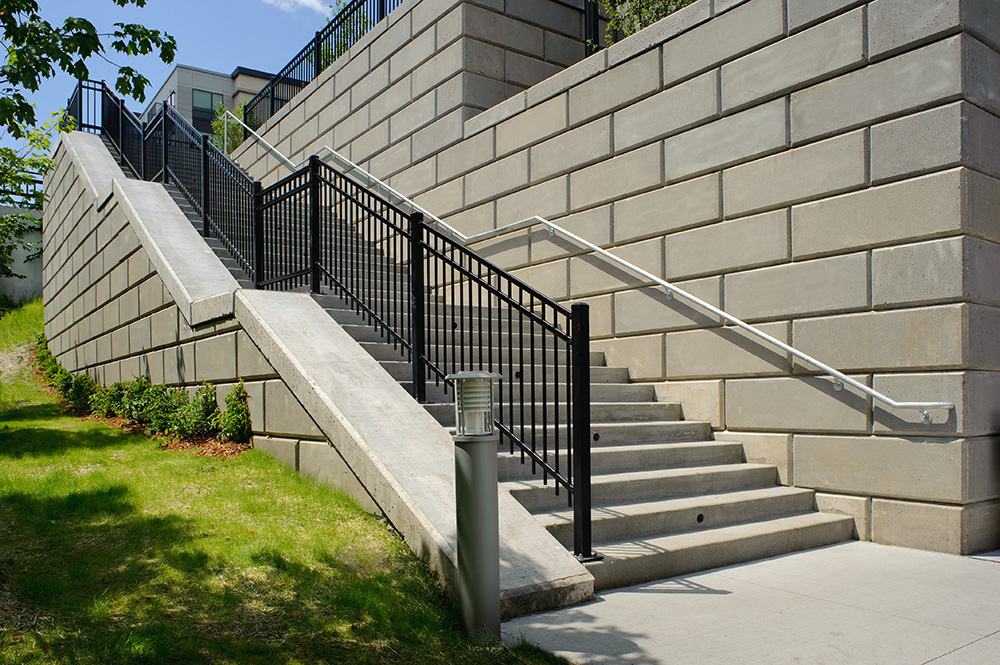 Elan Uptown Luxury Apartments, stairs, wall